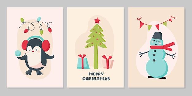 かわいい動物のクリスマスカードのセットです。キャラクターペンギン、ベージュの背景に雪だるま。ベクトルフラットイラスト。グリーティングカード、チラシ、バナー、ソーシャルメディアのデザイン