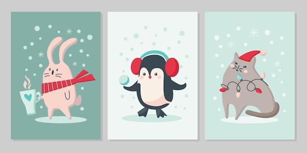 かわいい動物のクリスマスカードのセットです。森のキャラクターウサギ、ペンギン、雪片の猫。ベクトルフラットイラスト。グリーティングカード、チラシ、バナー、ソーシャルメディアのデザイン