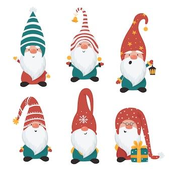 Набор рождественских гномов, изолированных на белом