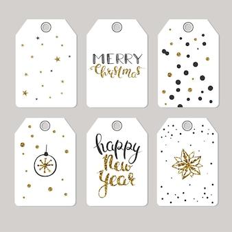 Набор рождественских тегов для подарков и подарков векторные подарочные теги с черными и золотыми буквами
