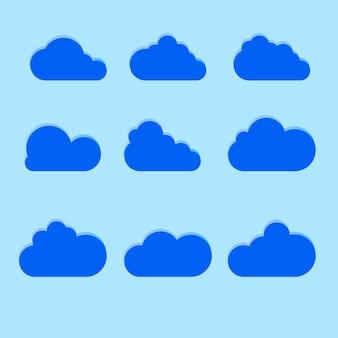 青の背景に分離されたトレンディなフラットスタイルのクラウドアイコンのセットです。 webサイトのデザイン、ロゴ、アプリ、uiの雲のシンボル。図。