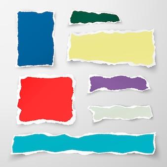 Набор кусочков цветной рваной бумаги. макулатура. иллюстрация на белом фоне