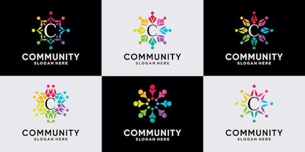 ユニークなコンセプトのプレミアムベクトルを持つチームと人々の家族のためのコミュニティロゴデザインのセット