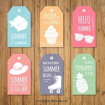 사랑스러운 여름 문구와 함께 귀여운 태그 세트