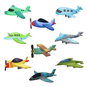 Множество разных самолетов. военные реактивные самолеты, пассажирский самолет и биплан. элементы для мобильной игры или детской книги