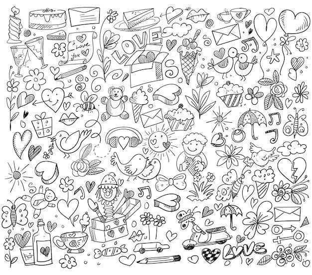 다른 낙서 하트 스케치 디자인의 세트