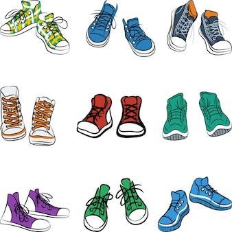 Набор разных пар кроссовок