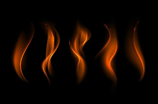 Набор различных желтого оранжевого пламени огня на фоне