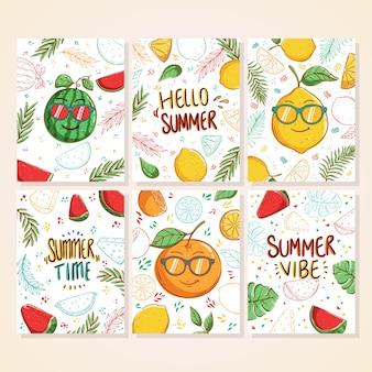 낙서 다채로운 여름 카드 세트 수박 레몬 야자 잎과 손으로 쓴 텍스트와 아름다운 여름 포스터