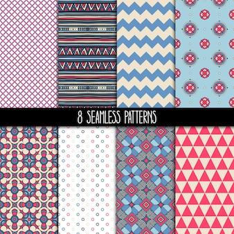 8개의 다른 장식용 분홍색과 파란색 패턴의 집합입니다. 민족 꽃과 기하학적 장식