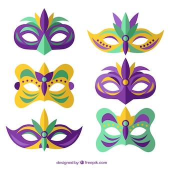 フラットなデザインのエレガントな色付きのマスクのセット