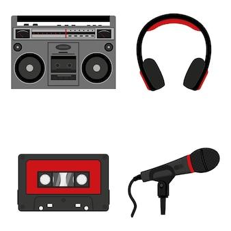音楽を聴くための機器のセット、テープレコーダーヘッドフォンマイクカセット。