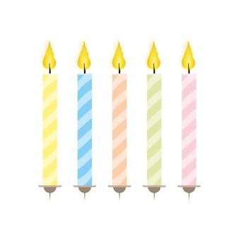 フラットスタイルのお祝いキャンドルのセット。分離されたケーキのキャンドル