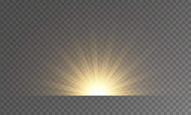 透明な背景にフラッシュ、ライト、スパークルのセット。明るいゴールドのフラッシュとグレア。抽象的な金色の光