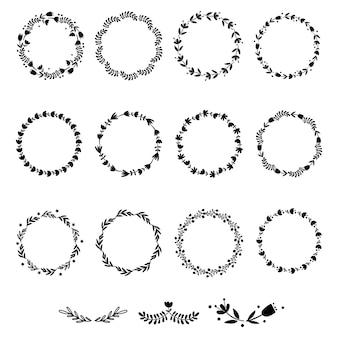 Набор цветочных венков. векторная иллюстрация.