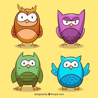 Набор из четырех рисунков сов