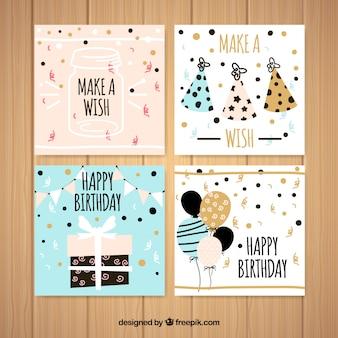 평면 디자인에 네 개의 사각형 생일 카드 세트