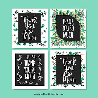 4つのセットは水彩の花であなたにカードありがとう