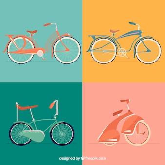 Набор из четырех старинных велосипедов