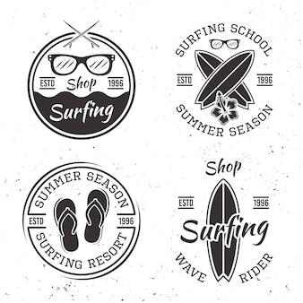 Набор из четырех старинных эмблем серфинга