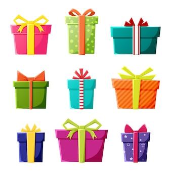 新年のクリスマスやお祝いパーティーのイベントの色のギフトボックスアイコンのセット