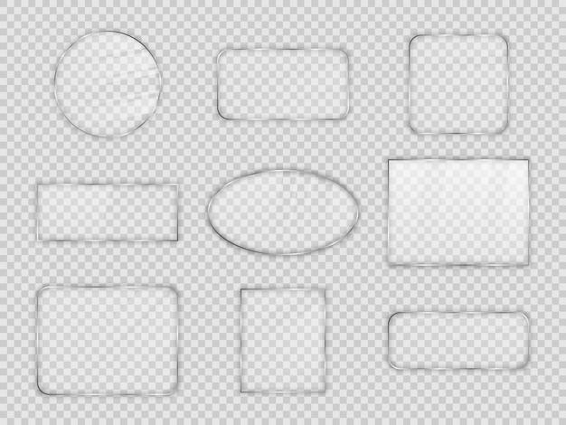 透明な背景にさまざまな幾何学的形状のガラス板のセット。ベクトルイラスト。
