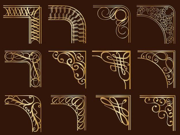 Набор золотых старинных углов кадра, изолированных на темном фоне.