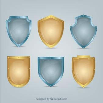 黄金と銀の盾のセット