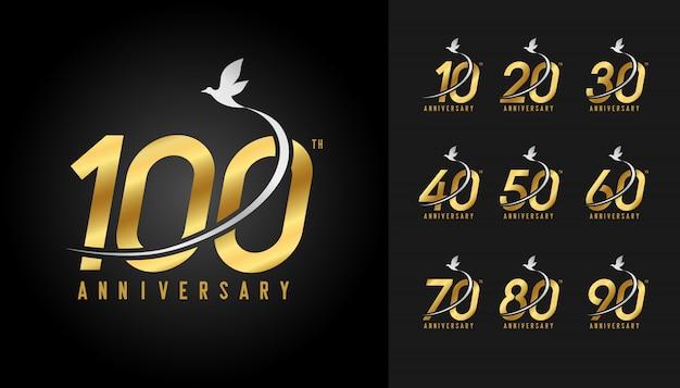 Набор золотого логотипа годовщины.