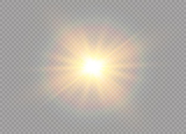 투명 한 배경에 고립 된 황금 빛나는 조명 효과의 집합입니다. 광선 및 스포트 라이트와 태양 플래시. 광선 효과.