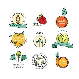 緑と有機製品のラベルのセット