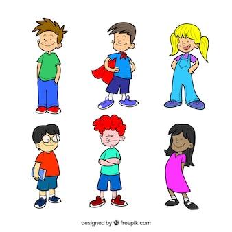 手描きの子供キャラクターのセット