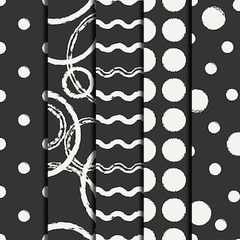 Set of hand drawn seamless pattern with black grunge rings, circle.