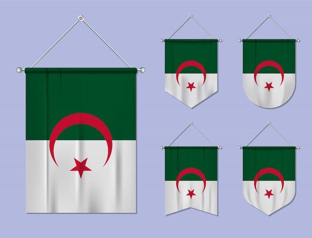 Набор висящих флагов алжира с текстильной текстурой. разнообразие форм национального флага страны. вертикальный шаблон вымпела.