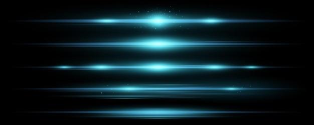 Набор горизонтальных синих световых эффектов на черном фоне. сбор балок. яркие лучи с пылающей пылью. оптические блики. векторная иллюстрация. eps 10