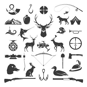 사냥 및 낚시 개체 빈티지 스타일의 집합입니다. 사슴 머리, 사냥꾼 무기, 숲 야생 동물 및 기타 흰색 절연.