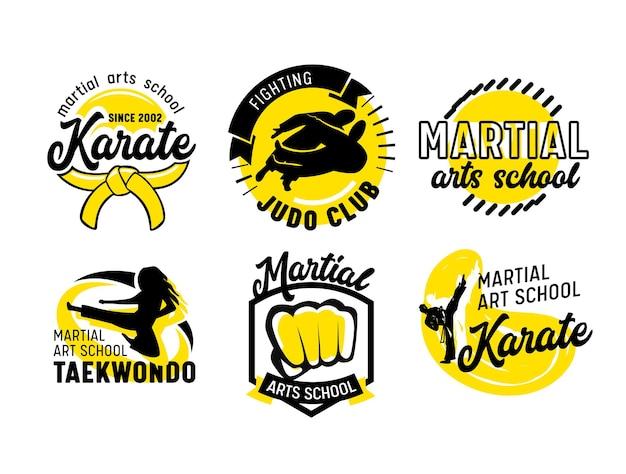 Набор иконок для школы боевых искусств, баннеров или этикеток с бойцами, кулаком и типографикой, изолированных на белом фоне. эмблемы для боевых занятий, реклама уроков бокса. векторные иллюстрации