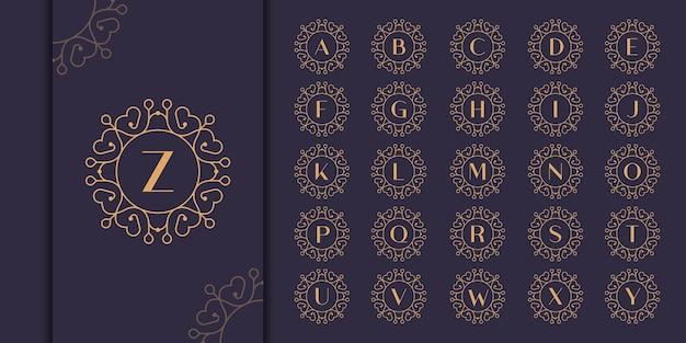 頭文字高級飾りモノグラムロゴのセットです。装飾的なクラウンリングset.luxuryシルバーの最初のアルファベットのロゴのテンプレート。
