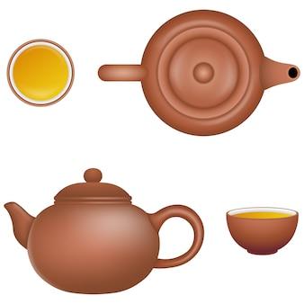 Набор изолированных китайских чайников и чашек чая