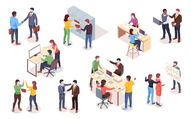 取引とプレゼンテーションを行う等角図のビジネスマンと実業家のセット。ノートブックやコンピューターの仕事をしている人、コワーキングスペースの従業員。オフィスの男性と女性
