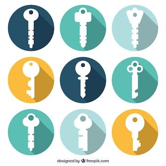 Набор ключей с тенями Бесплатные векторы
