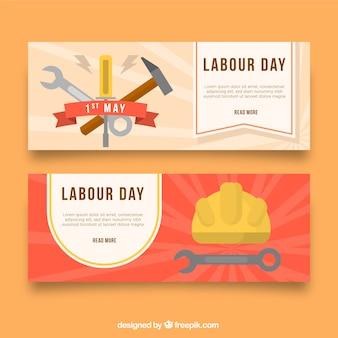 Набор баннеров рабочего дня с инструментами в плоском стиле