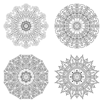 민족 오리엔탈 스타일 색칠 공부 페이지에서 멘디 꽃 장식으로 만다라 세트