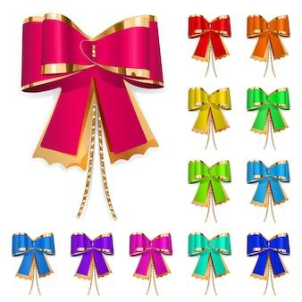 금색 끈이 달린 여러 가지 빛깔의 활 세트입니다. 선물을 위한 장식.
