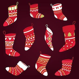 色とりどりのニットクリスマスソックスのセット