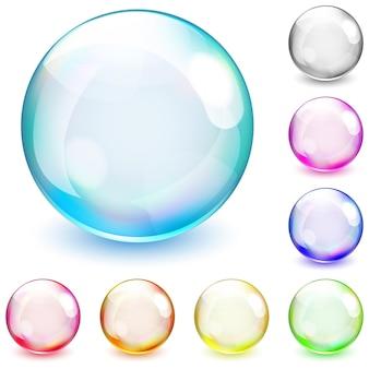 Набор разноцветных непрозрачных сфер на белом фоне