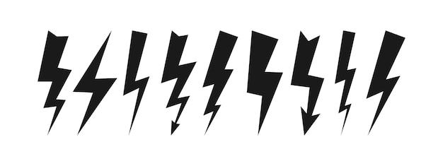 9つの暗い雷雨のセット。サンダーボルトと白い背景の上の高電圧の黒いアイコン。ベクトルイラスト。
