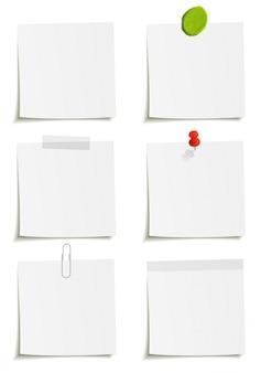 메모 whith 클립, 스카치 테이프, 플라스 티 신, 스티커 및 핀 첨부 파일 집합입니다. 흰색 배경에 그림입니다.