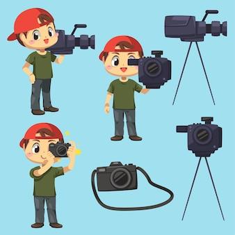 漫画のキャラクター、違いのアクション分離フラットイラストでニュースを報告する写真家とビデオグラファーの男のセット