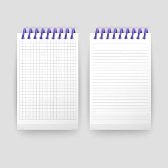 메시지 템플릿을 작성하기 위해 셀에 선과 노트북이있는 현실적인 노트북 빈 오픈 패딩 스케치북 세트